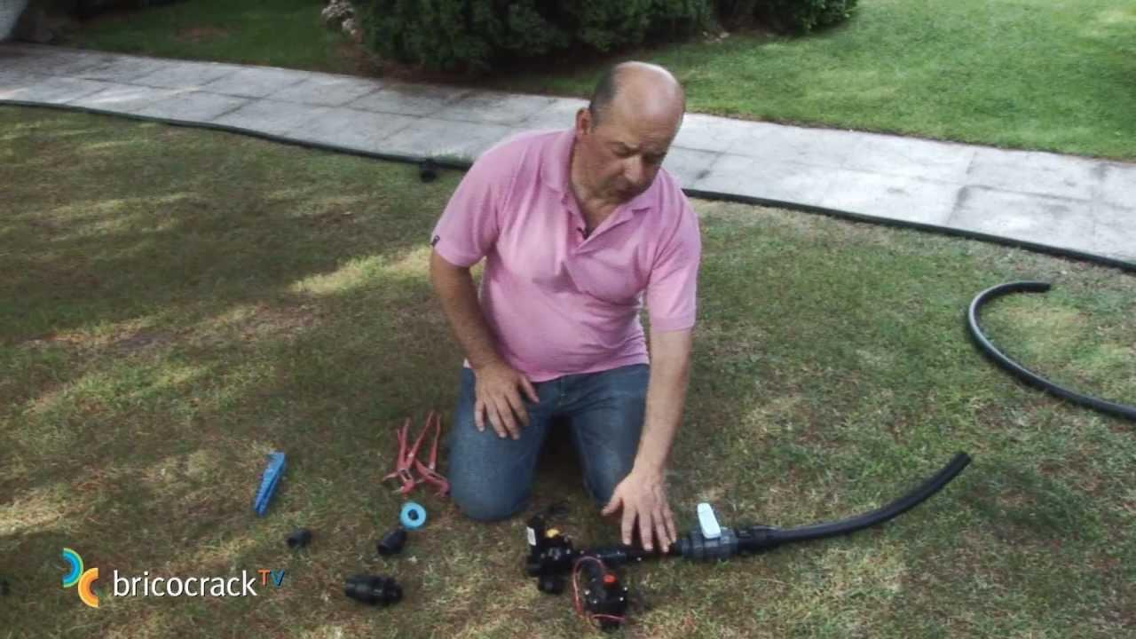 Jardiner a instalar un sistema de riego autom tico 1 for Aspersores para jardin automaticos