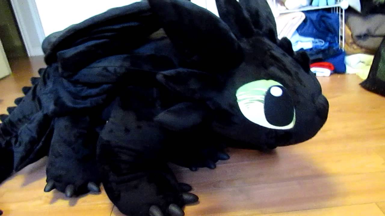giant toothless plush youtube. Black Bedroom Furniture Sets. Home Design Ideas
