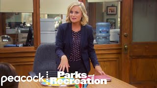 Parks and Recreation - Make New Friends and Ditch the Old (Episode Highlight)