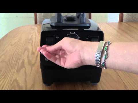 Unboxing Vitamix 5200S Blender