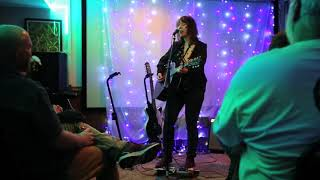 Amy Rigby performs in Columbus house concert