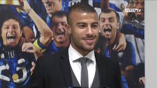 Rafinha, welcome to Inter! 🇧🇷⚫️🔵???