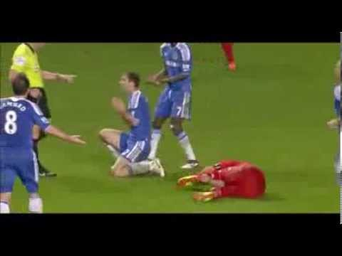 The reason why Luis Suárez bit Branislav Ivanovic, Suarez bites Ivanovic, Liverpool