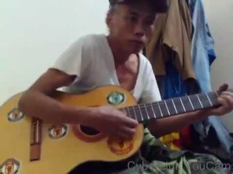 U50 đánh guitar cực đỉnh Gừng càng già càng cay càng bá đạo