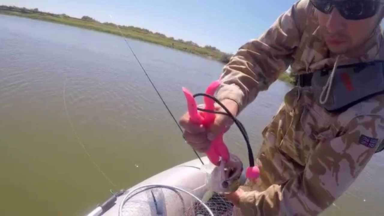 ловля щуки летом спиннингом на джиг видео