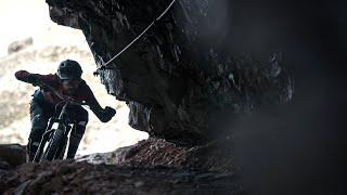 Bikers Rio Pardo | Vídeos | Mountain biker francês desafia a morte nas Dolomitas