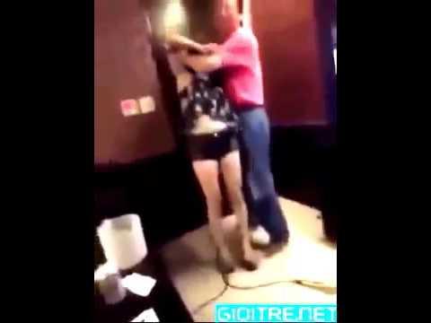 Quay lén làm tình trong quán Karaoke