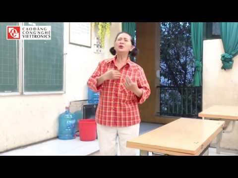 NSUT Thuý Hà Hát Tặng Lớp Tiếng Anh