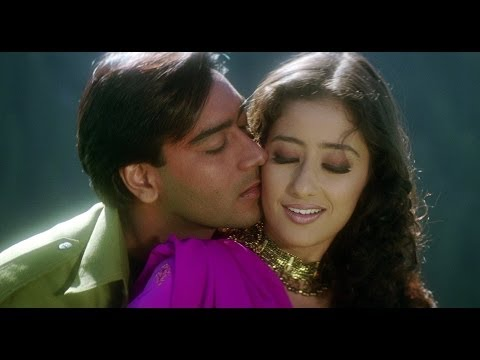 Ajay Devgn In Love With Manisha | Kachche Dhaage Movie Scene