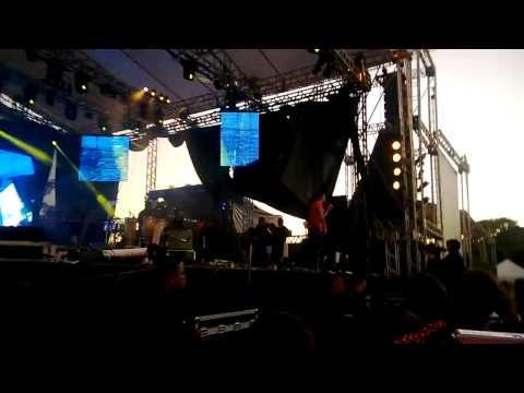 Gusttavo Lima - Tô Solto na Night (Lançamento TOP Sertanejo 2013 - Nova Música - AO VIVO)