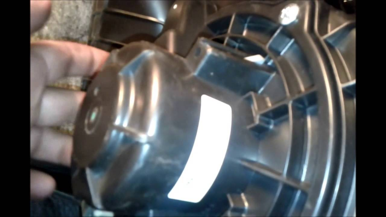 2009 Hyundai Accent Fuel Air Filter  Engine Air Filter And