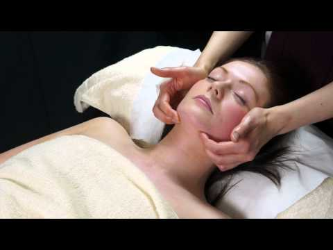Face & Scalp Massage - Aromatherapy Techniques
