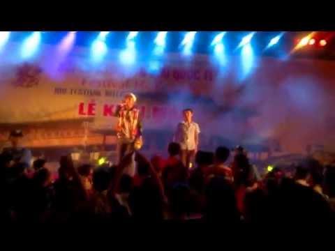 Còn lại gì sau cơn mưa - Hồ Quang Hiếu live (cực hài)