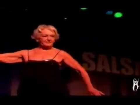 Ginger Rogers dances Salsa at 92 years old - YouTube