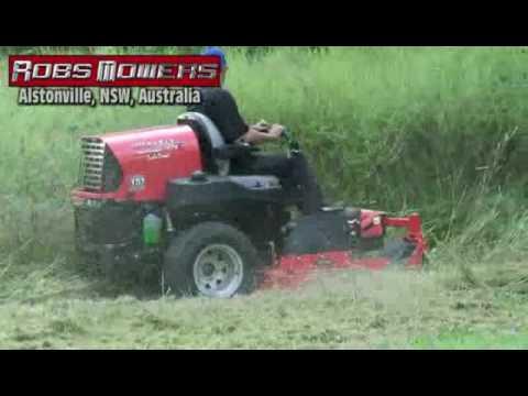(SD) Gravely Zero Turn Slashing Tall Grass at Robs Mowers Alstonville