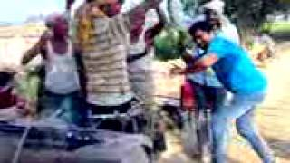 Super star naveen kumar singh dancing on bhojpuri song