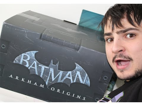 Batman Arkham Origins Collector's Edition Unboxing