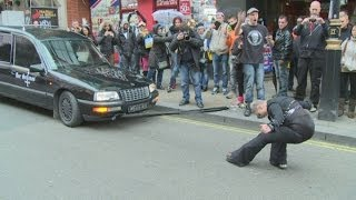 Woman pulls 2.5 tonne hearse using her hair, Won Guinness World Record [VIDEO]