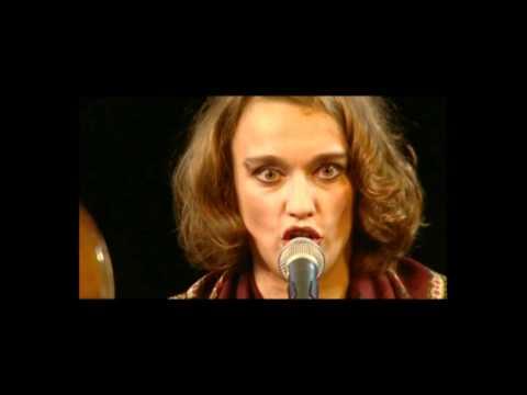 Troyke & Suzanna - Otchii Tschornoye (Russian Song)