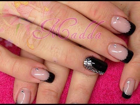 Nail Art capodanno - french e monocolore nero con paiettes e strass (Ricostruzione e smalti),