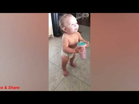 Funny Babies Playing with Water - Funny Videos