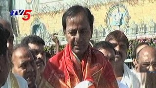 CM KCR Speaks To Media After Lord Balaji Darshan | Tirumala