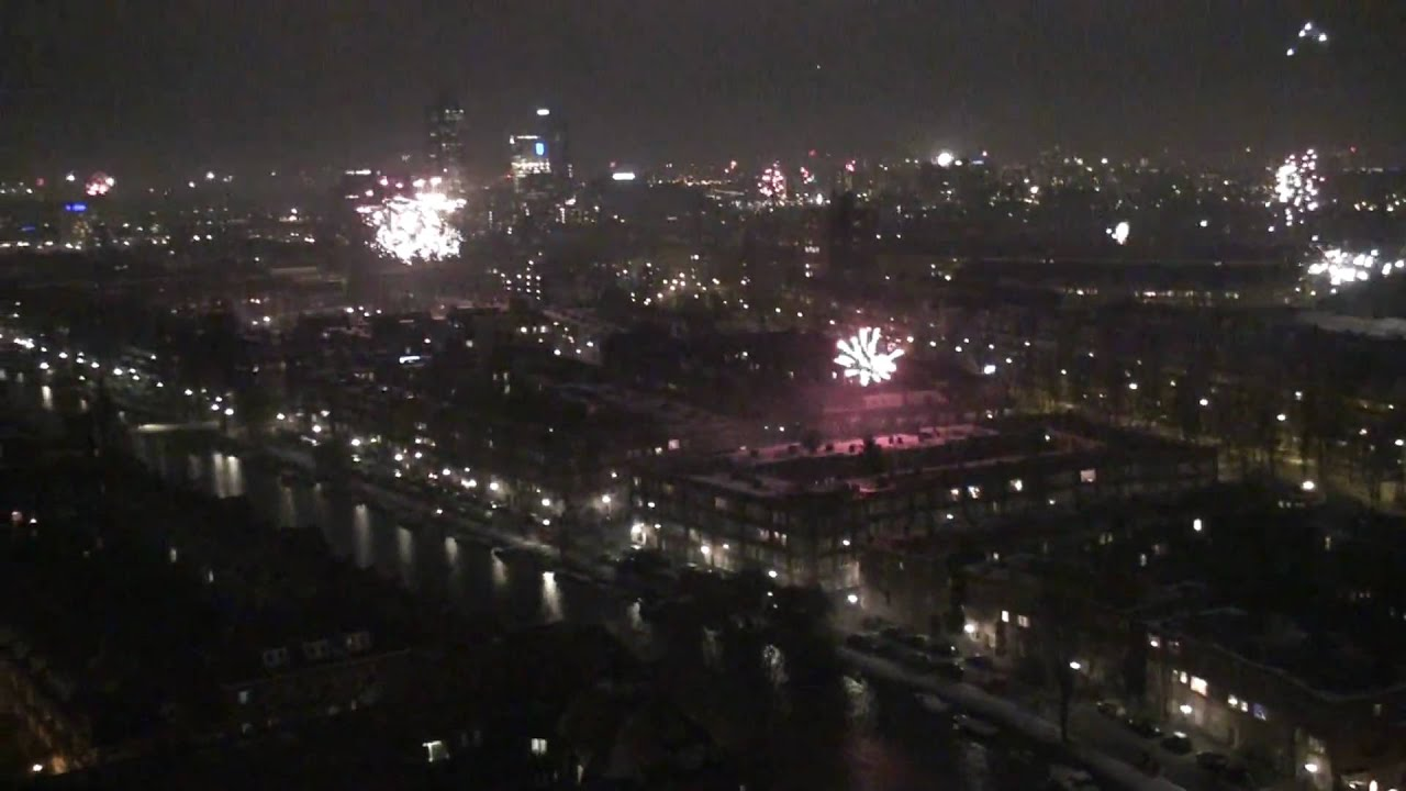 Amsterdam Fireworks New Year Eve 2009 10 From The 20th