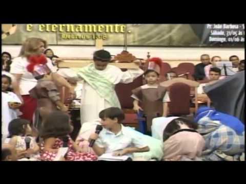 A Historia da páscoa contada por crianças na Assembleia de Deus-Osasco