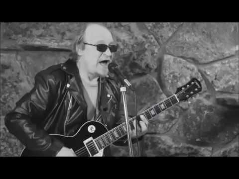Rock And Roll Music (Chuck Berry) Cover