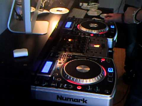 Mixing it on Numark (Dj A.T.L) Iceland