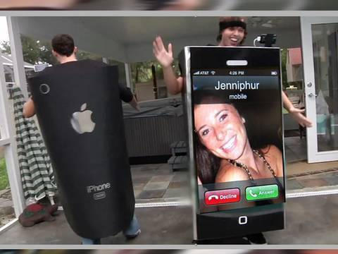iPhone Costume *RECEIVES CALL*