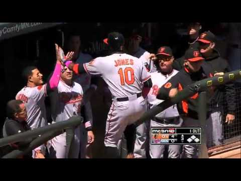2013/05/12 Jones' solo homer