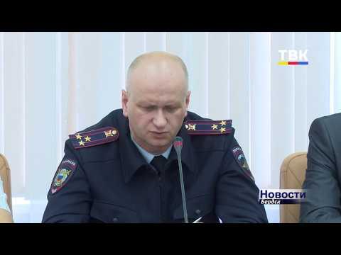 50 полицейских обеспечивали порядок в День знаний в Бердске