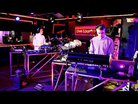Disclosure ft Ms Dynamite - Booo in the Radio 1 Live Lounge