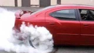 Dodge Charger SRT8 Burnout