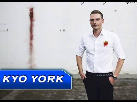 BÔNG HỒNG CÀI ÁO - KYO YORK [ OFFICIAL ]