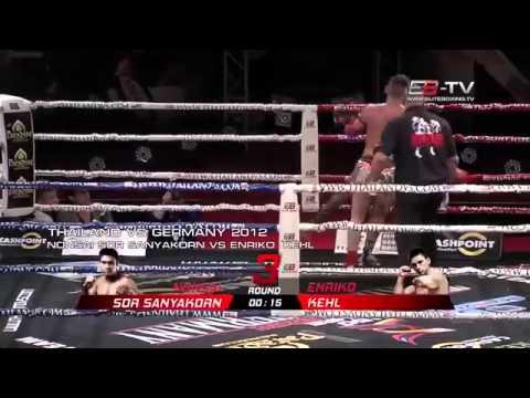 Những pha Knockout đấm phát chết luôn đầy mạnh mẽ trên võ đài Muay Thái