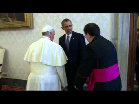 Raw: Obama's First Meet With Pope Francis
