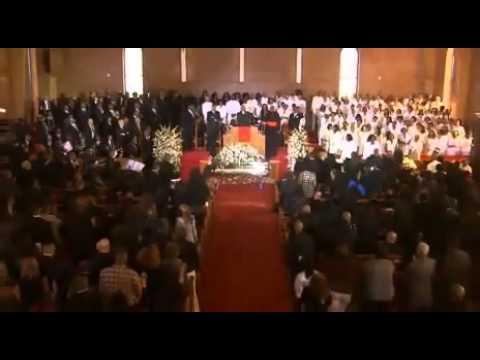 Whitney Houston FUNERAL - Donnie McClurkin - STAND