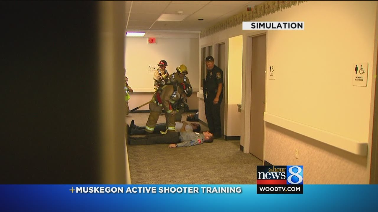 Active-shooter training at Muskegon hospital - YouTube