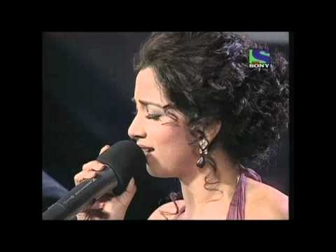 Shreya Ghoshal's splendid Dar Lage Garje Badariya- X Factor India - Episode 18 - 15th Jul 2011
