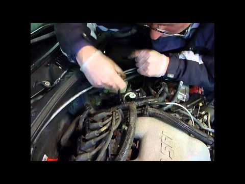 Egr Valve Replacement 2001 Chevy Malibu Youtube