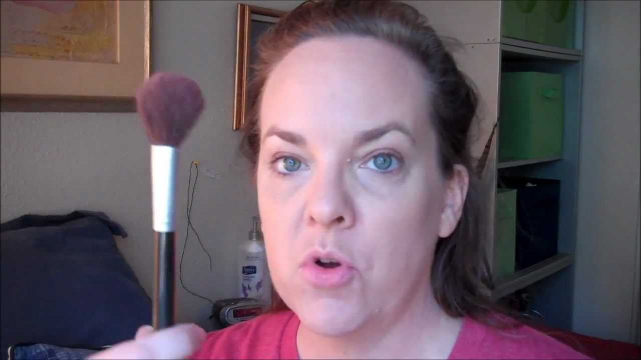 MAKEUP TIPS FOR WOMEN OVER 40 - BLUSH - YouTube
