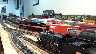 HO Scale Model Railroad Train Operation Video