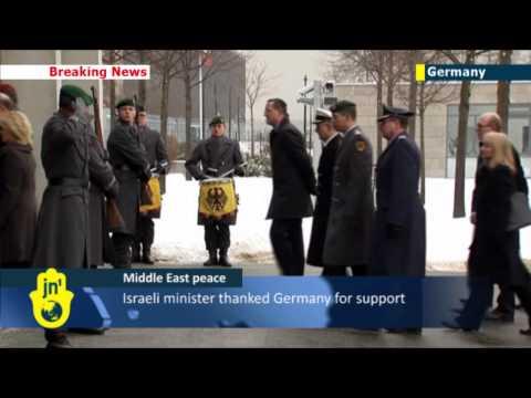 Israeli Defence Minister Moshe Ya'alon meets his German counterpart Ursula von der Leyen