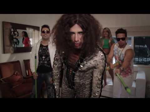 Pra Lavar - Latino Feat. Banda DiBôa (Clipe Oficial)