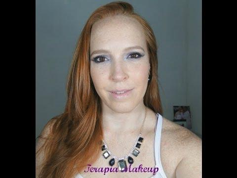 Maquiagem roxo com azul  paleta Kat Von D