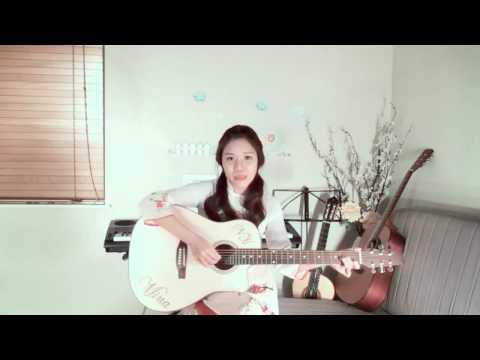Cô gái Mỹ gốc Việt hát  Con bướm xuân  bằng 5 thứ tiếng