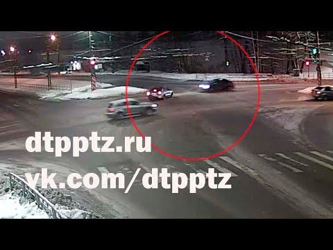 Утром на улице Правды столкнулись два автомобиля