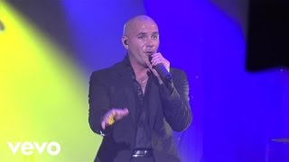 Pitbull - Feel This Moment (live)